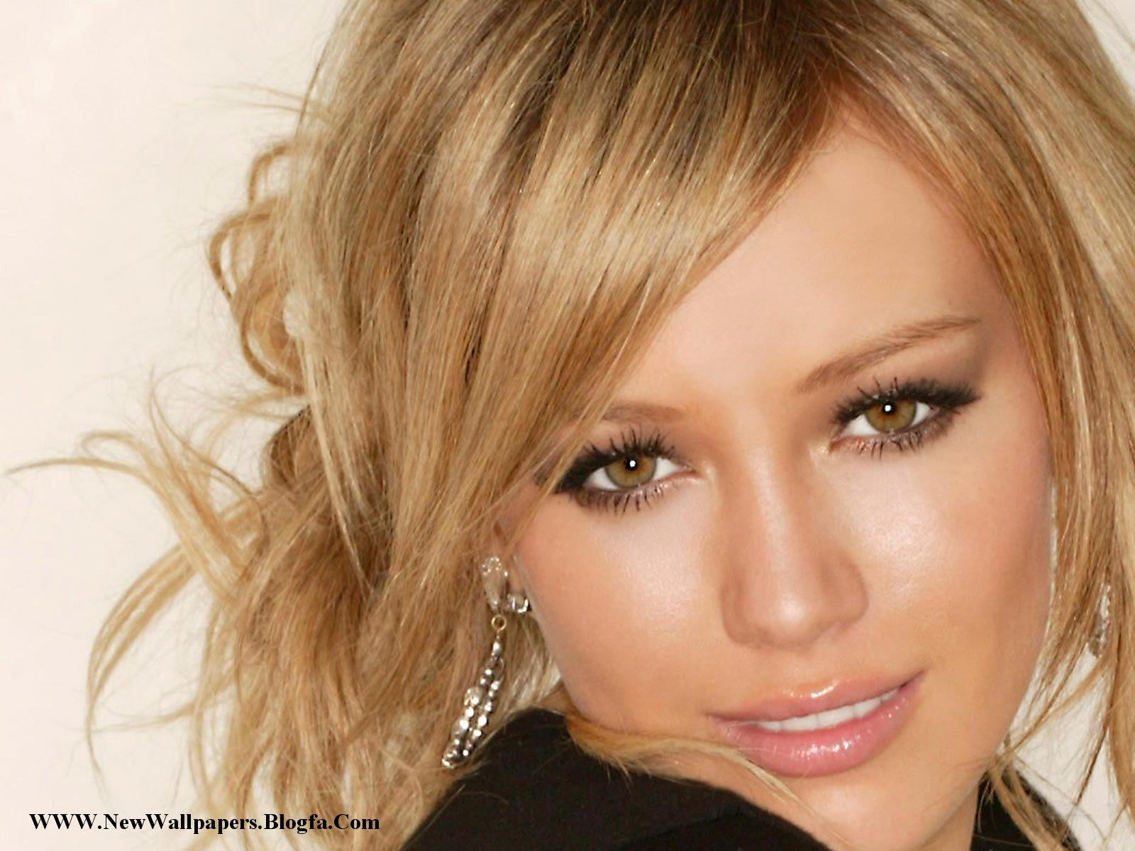 Makeup Star Libra Women Hilary Duff-4